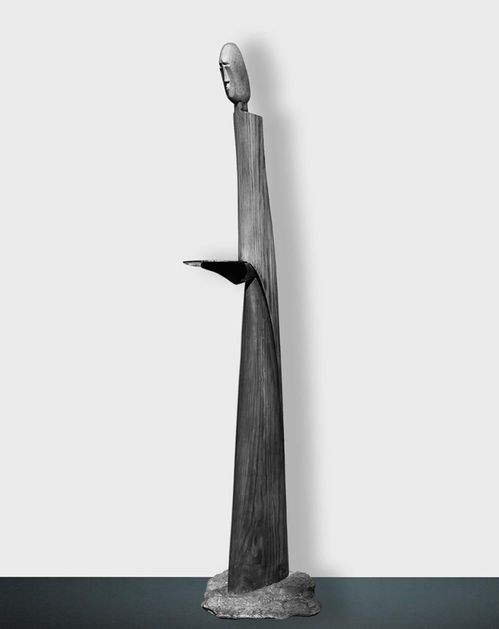 054 -SERVUS - 1989 - wood / stone / iron - 170 x 42 x 41 cm.